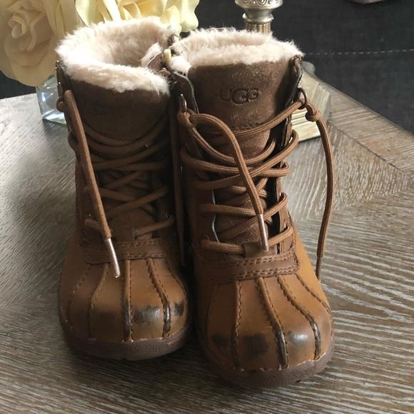 54b74783631 Uggs kids leggero sz 12 winter boots zip brown